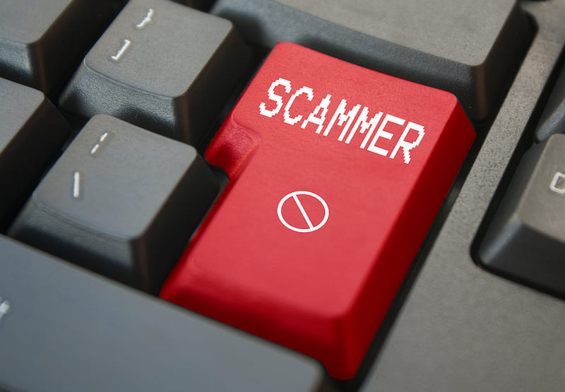 online scammers